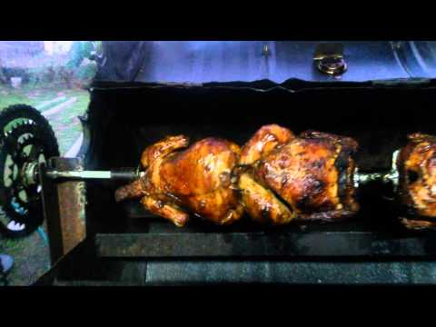Homemade rotisserie using a bicycle gear wheel and wiper motor