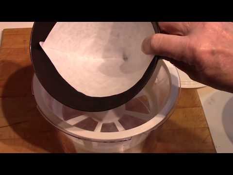 Making Greek Yogurt and Yogurt Cheese
