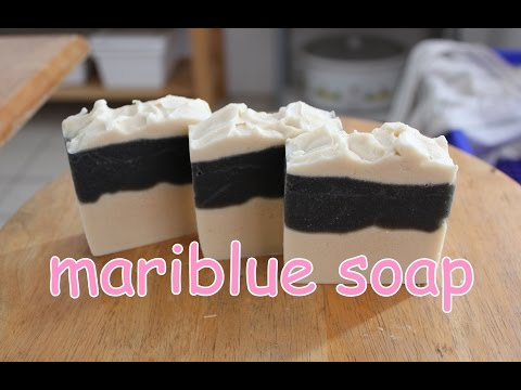 Making Cold process soap : Milk & Bamboo charcoal soap