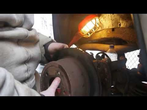 2000 Chevy S-10 Blazer, Full Disc Brake job, Rear Axle, Disassembly