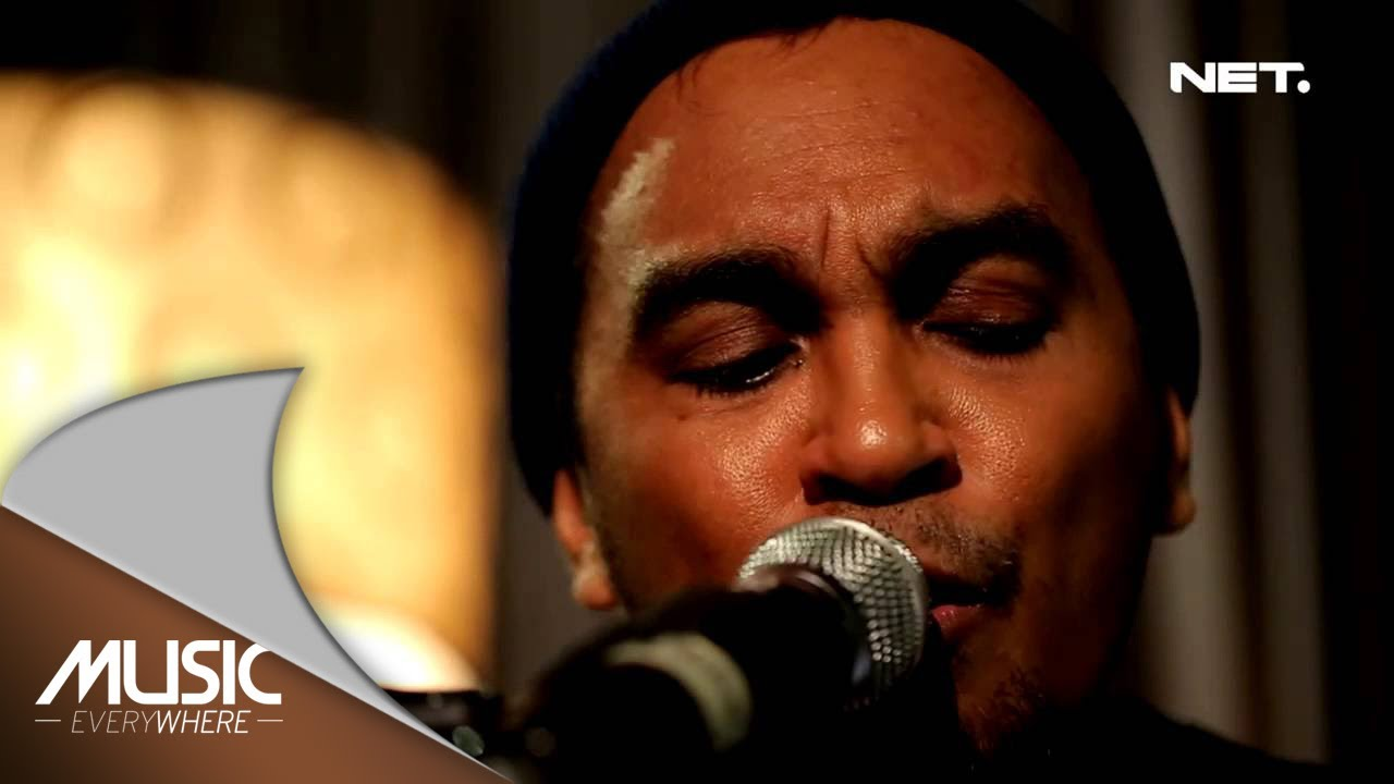 Glenn Fredly & The Bakuucakar - Malaikat Juga Tahu