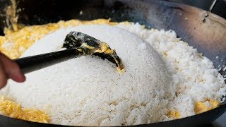 Thai Street Food - GIANT EGG FRIED RICE Bangkok Seafood Thailand