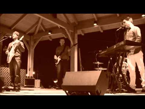 The Stephen Lee Band - Don't You Forget About Me