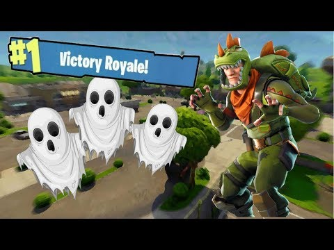FORTNITE - RETAIL ROW IS A GHOST TOWN! (Victory Royale)