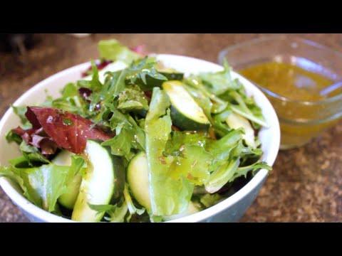 #SMACKYOLIP | Make Your Own Vinaigrette | DIY Salad Dressing
