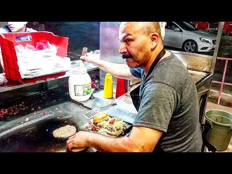 MEAN Looking NICE Guy - Making AMAZING Street BURGERS And TACOS!! - Mexican STREET FOOD