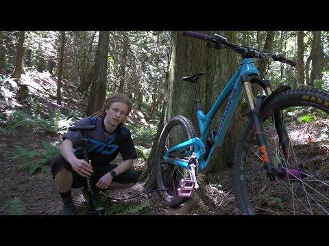 Basic Mountain Bike Maintenance - Checking your air pressure
