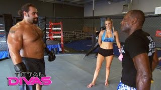 Lana and Rusev train before their wedding day: Total Divas Bonus Clip, Jan. 25, 2017