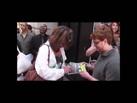 Margaret Colin - Signing Autographs at