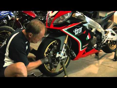 Removing and reinstaling a front wheel correctly