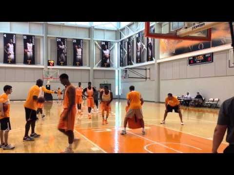 Vols basketball practice — Oct. 13, 2014