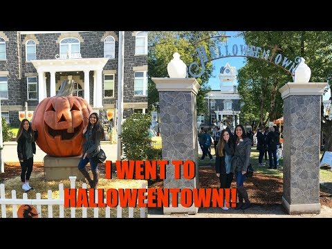I WENT TO THE REAL HALLOWEENTOWN! //VLOG