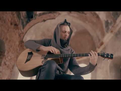 Dmitry Lisenko - Illusion Of Change (acoustic bass solo, percussive fingerstyle)