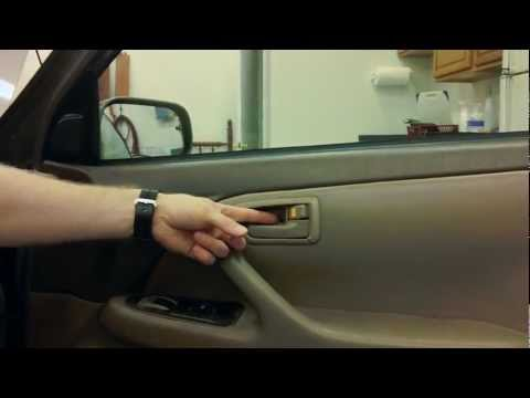 How to Replace the Interior Door Handle on a Toyota Camry