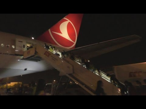 Full flight on Turkish airlines TK70 from Istanbul to Hong Kong part 1