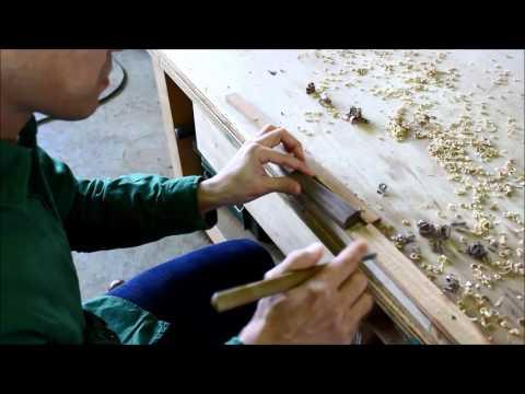 Hand-carved custom handle of Japanese knife made by Yoshiki Minamiyama