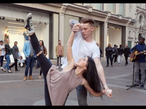 Flash Mob Proposal Outside Harrods, featuring 'Adorn' by Miguel !