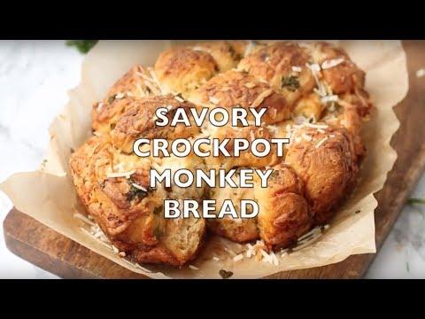 How to make: Crock Pot Garlic Parmesan Pull-Apart Bread
