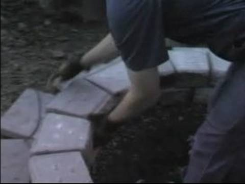 Build a Barbeque Pit : Adjust Rows of Bricks in a Barbeque Pit