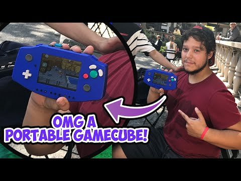 I FINALLY played with a Portable Nintendo Game cube!