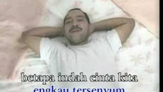 Rafika Duri Feat. Harvey Malaiholo - Permata Hati