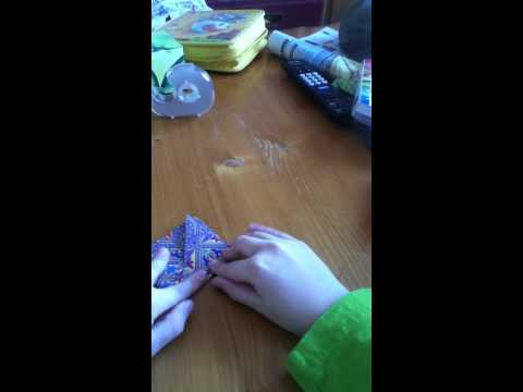 How to make an easy origami finger sword