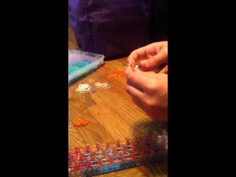 how to make a Elsa [let em burn] on the rainbow loom