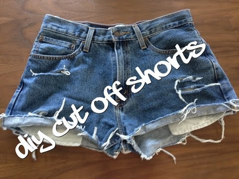 DIY shorts : How to make distressed denim jean shorts