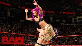Sasha Banks & Bayley vs. Charlotte Flair & Nia Jax: Raw, Nov. 21, 2016