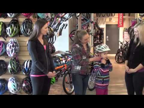 How to properly size and fit a bike helmet for kids