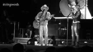 """Kenny Chesney & Miranda Lambert - """"You And Tequila"""" and """"Carried Away"""""""