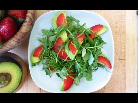 How to Make a Strawberry Avocado Arugula Salad w White Balsamic Dressing - Recipe