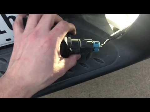 Replace License Plate light bulb 2005 Chevy Colorado
