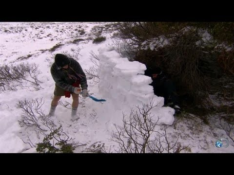 DIY Survival: Making Shelter in a Freezing Environment | Dual Survival