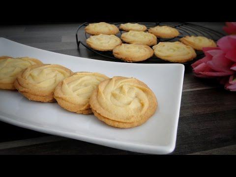 বাটার কুকিজ/বিস্কুট (চুলায় ও ওভেনে তৈরি) | Butter Cookies Recipe (With/Without Oven)