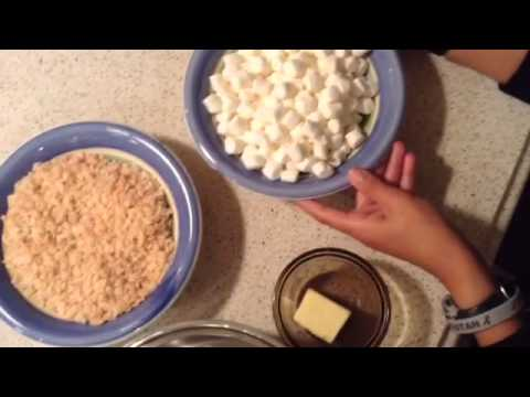 Halloween Special: Candy Corn Rice Krispies!