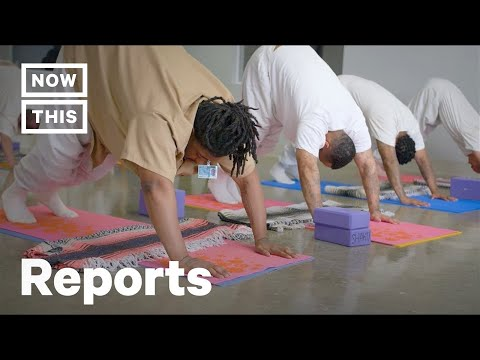 Yoga Behind Bars Is Reshaping These Prisoners' Lives | NowThis