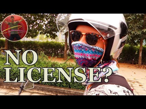 GIRL WITHOUT LICENSE BUYS MOTORBIKE IN VIETNAM - Ep 88