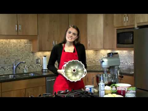 How to Prepare the Bundt Pan