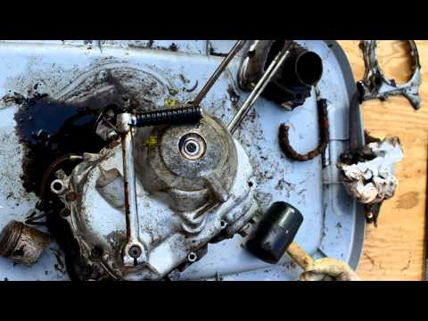 1973 Honda ST90 - Part 4, Removing clutch and flywheel covers