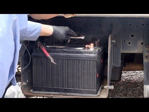 Change Truck Battery in Big Truck 2