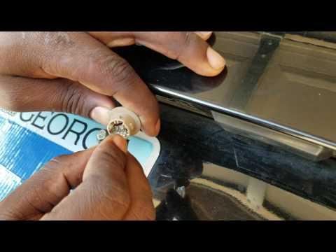 Changing the Tag light on a Kia Optima