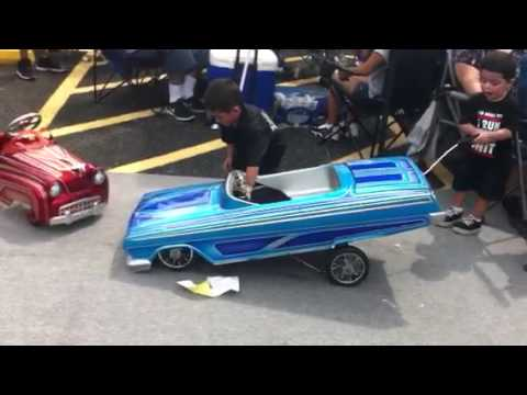 Shorty's pedal car at the show