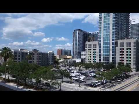 Dover (mod.) Hydraulic Scenic Elevators @ William F. Poe Parking Garage, Tampa, FL, USA.