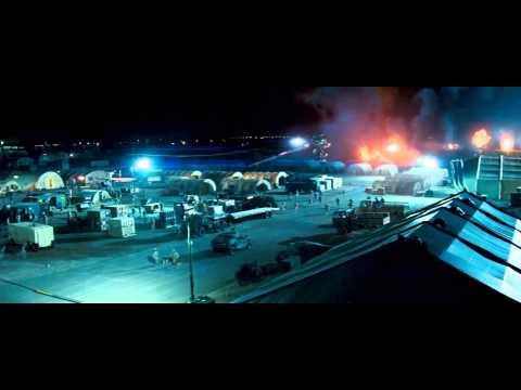Transformers (2007) Ataque en la base Qatar (HD latino)