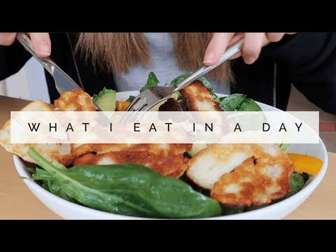 WHAT I EAT IN A DAY AT MY PARENTS HOUSE | Danielle Peazer