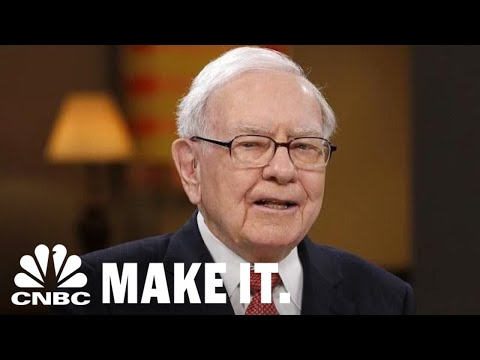 Warren Buffett's Teenage Side Hustles | CNBC Make It.