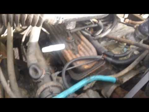 1988 Chevy Silverado 4x4 tour and discussing engine bay cleaning