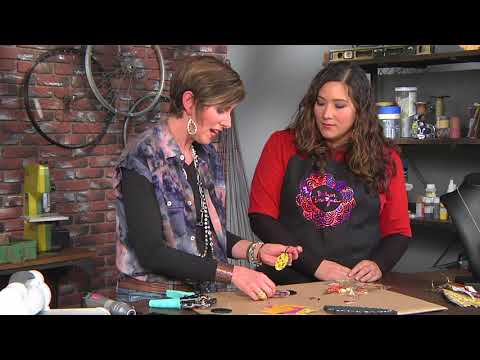 Use old vinyl records to create a mini book on Make It Artsy with Candie Cooper (410-3)