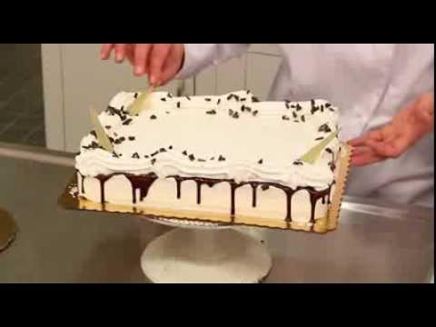 Decorating a Base-Iced Quarter Sheet Cake